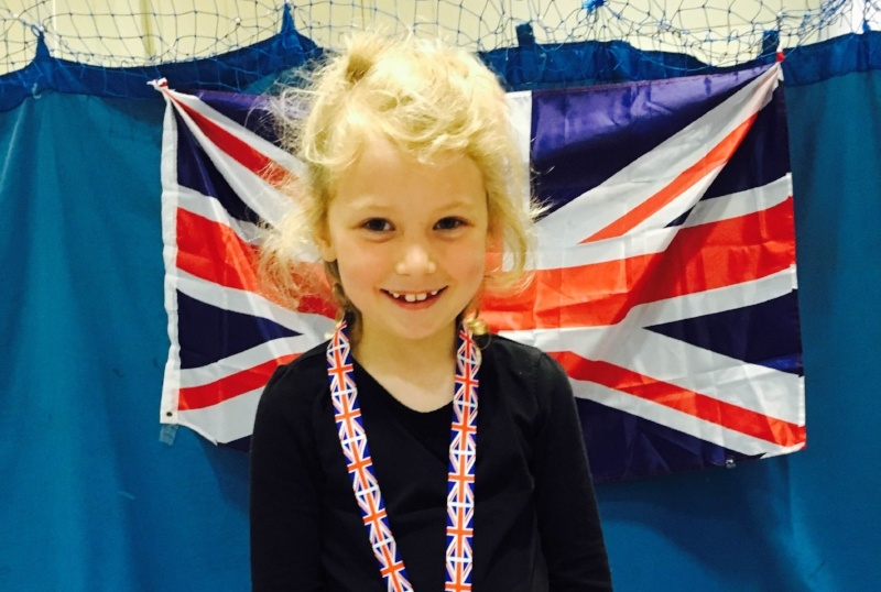 Get ready for a new start at your gymnastics club - Child in front of Union Jack flag